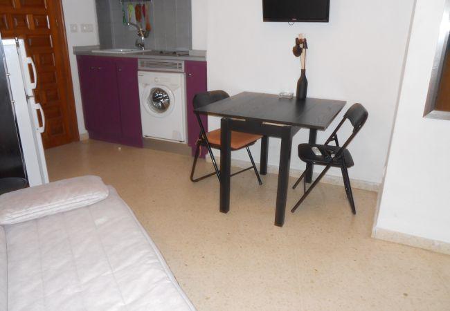 Studio in Denia - Estudio con sofa cama ideal para parejas 6115