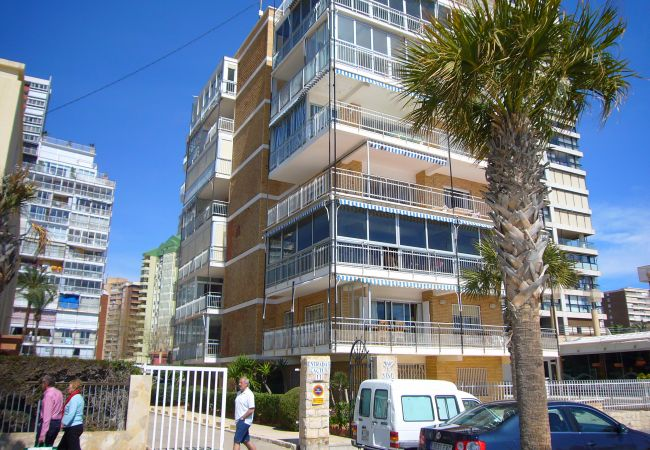 Apartment in Benidorm - MAR Y VENT (4 BEDROOMS)