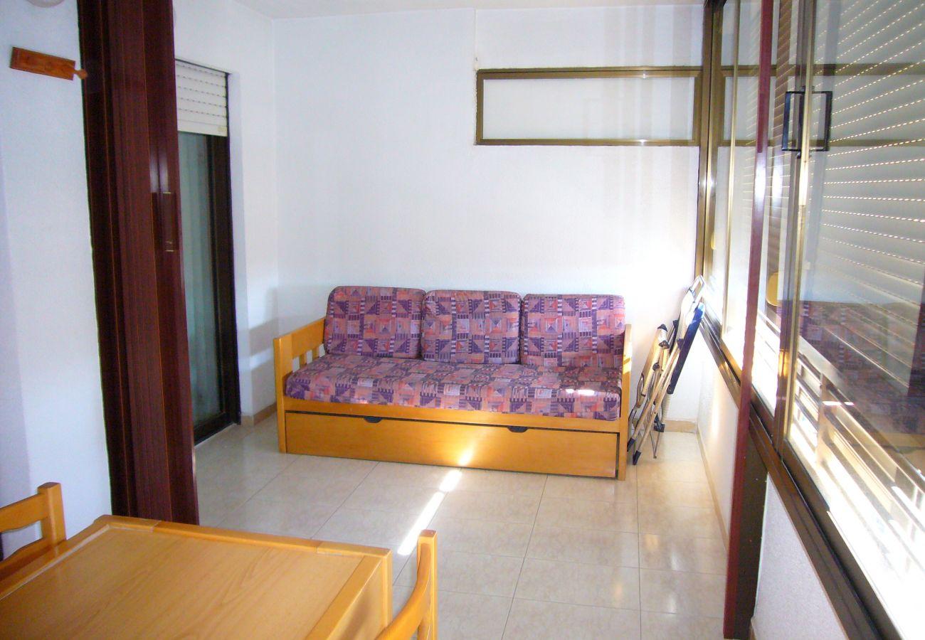 Apartment in Benidorm - GEMELOS 10 (1 BEDROOM)