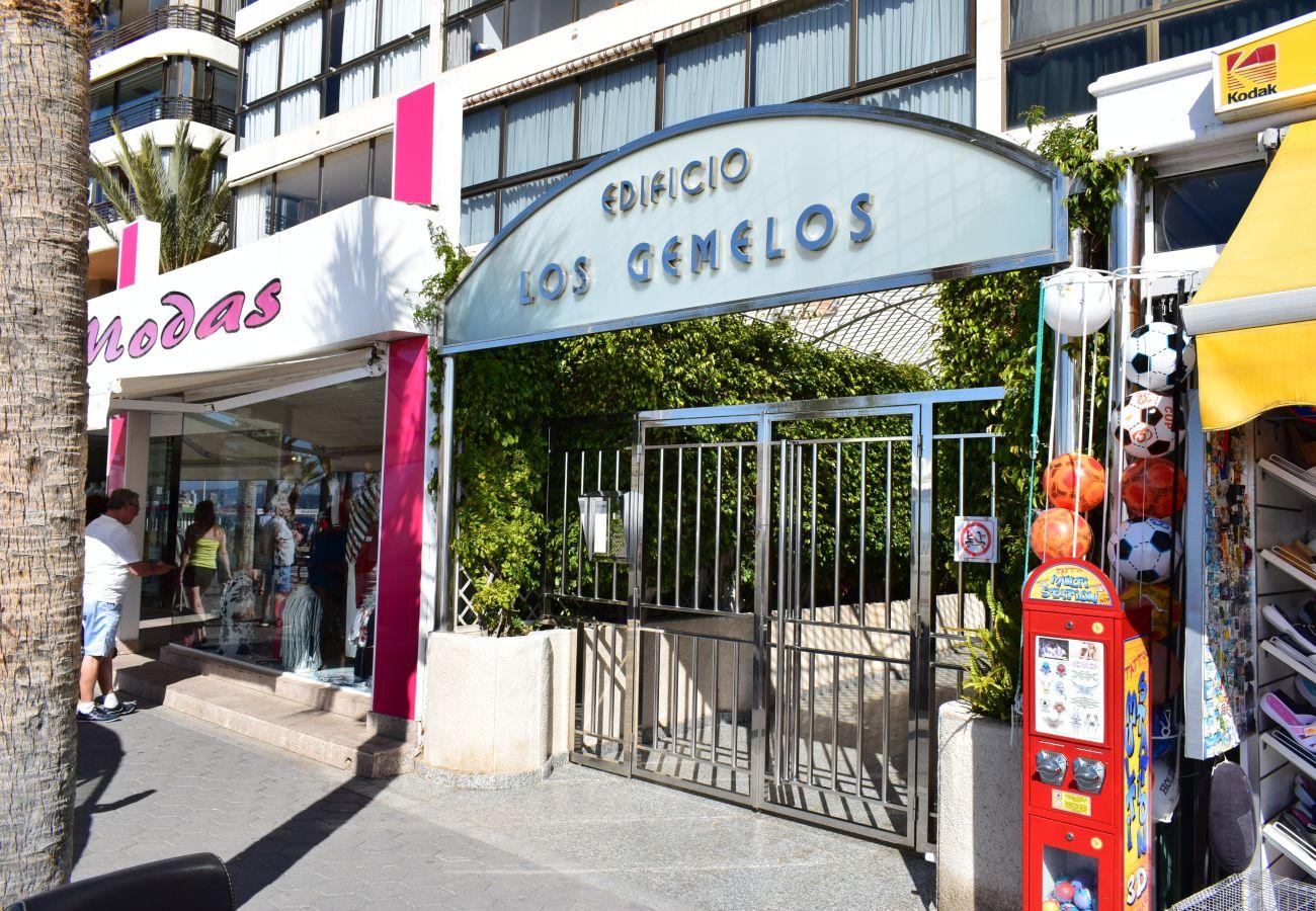 Apartment in Benidorm - LOS GEMELOS (2 BEDROOM)